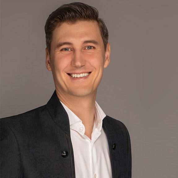 Alexander Eremin, Die Topmakler Immobilien GmbH